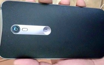 Alleged live photos of Moto X (2015) make the rounds online