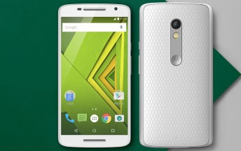 Moto X Play can now be ordered in the UK and Germany