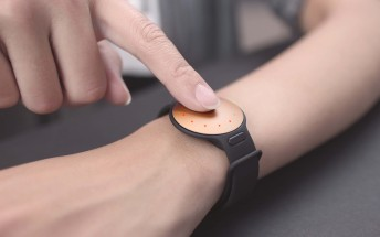 Misfit Shine 2 tracks your activity, doesn't need charging