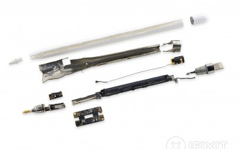 Apple Pencil torn to bits by the folks at iFixIt