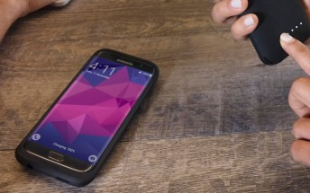 Mophie has new battery cases for the Galaxy S7 and S7 edge, now with wireless charging