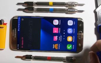Will the Samsung Galaxy S7 edge bend, scratch, or burn?