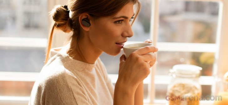 Sony Xperia Ear Hands-on