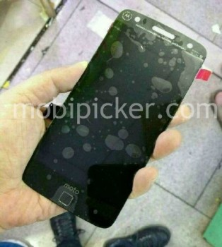 Alleged photos of a Moto X 2016 prototype