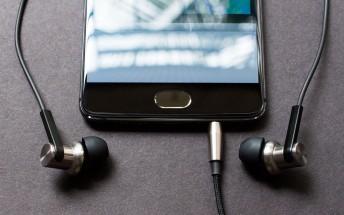 Exploit found in Realtek chips can listen through a pair of headphones