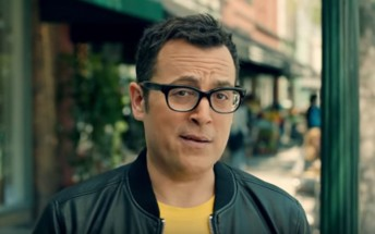 """Sprint released ads with """"Can you hear me now?"""" guy from Verizon commercials"""