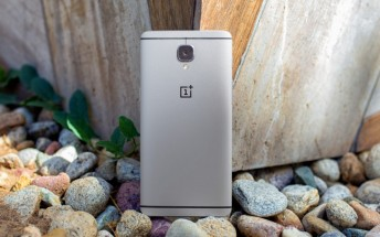 OnePlus 3 update resumes, Oxygen OS 3.2.1 seeding now