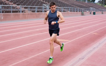 Fitbit leads the market with 3.7 million fitness trackers shipped in Q2