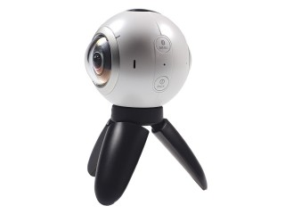 The Samsung Gear 360 camera - Samsung Gear 360 hands-on