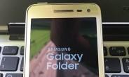 More Samsung Galaxy Folder 2 images leak