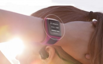 TomTom reveals sporty watches, bands and car accessories