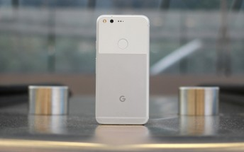 Google Pixel and Pixel XL update in Canada brings double tap and lift to wake