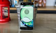 Verizon Moto Z Play starts getting Nougat update