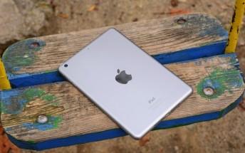 Apple retains top spot for tablet sales in 2016, but market shrinks