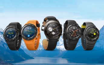 Huawei Watch 2 comes in two versions, there's a Porsche Design model too