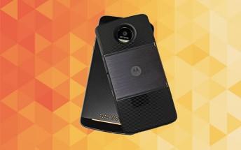 Motorola to launch 12 MotoMods in 2017