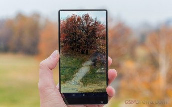 Xiaomi Mi Mix 2 to have even thinner bezels and an AMOLED display