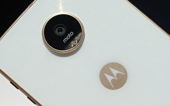 Report says Moto Z2 Play will be slimmer, pack in smaller battery compared to Z play