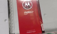 Moto Z2 Play leaks again inside its retail box, announcement coming on June 1