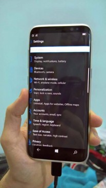 Alleged Galaxy S8 running Windows 10 Mobile