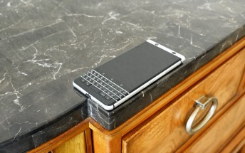 BlackBerry KEYone doesn't fare well in comprehensive durability test