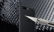 OnePlus 5 faces the dreaded scratch and bend tests