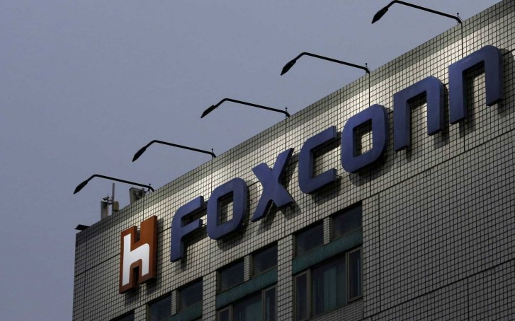 Apple, Foxconn Broke a Chinese Labor Law