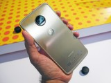 Moto Z2 Force: Back - News 17 07 Moto Z2 Force Hands On review