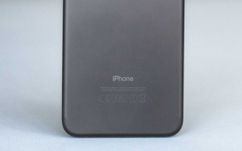 First live images of the iPhone 8 back surface