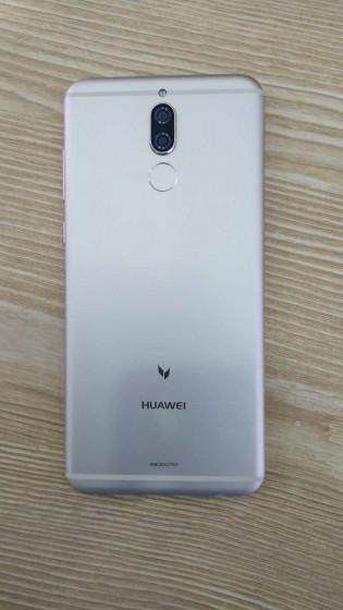 Huawei G10 back panel