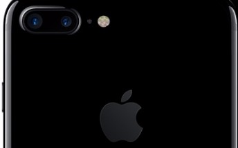 Jet Black iPhone 7 and 7 Plus now available with 32GB of storage starting at $549
