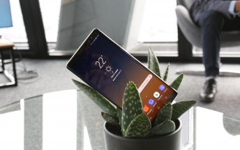 Verizon Samsung Galaxy Note8 getting an update as well