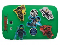 Those Lego ninjas can be moved and swapped - take that, MotoMods!