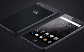 Pre-orders for BlackBerry Motion are now live