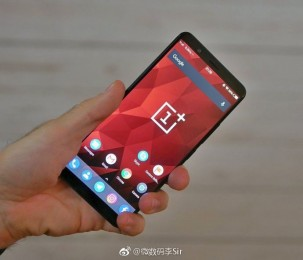 Hands-on photo of the OnePlus 5T