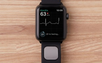 AliveCor Kardiaband EKG reader is the first FDA certified medical device accessory for the Apple Watch