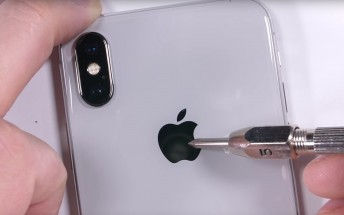 iPhone X passes bend test with flying colors