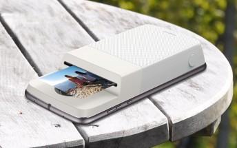 Polaroid and Motorola unveil the Insta-Share Printer Moto Mod