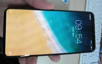 Meizu 15 Plus live images leave nothing to the imagination