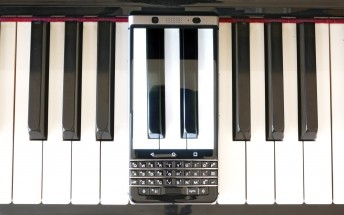 BlackBerry only sold 850,000 phones last year, exec declares