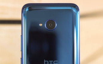 HTC smartphone chief resigns, no replacement in sight