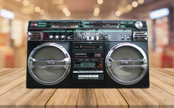 Counterclockwise: the brief popularity of stereo speakers