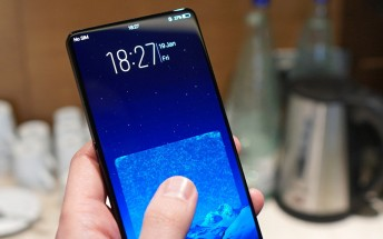 vivo NEX leaks in the wild - no notch and no bezel