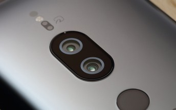 Sony Xperia designers talk about camera, screen and thinner bezels