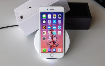 Apple patents a way to wirelessly transfer power between devices