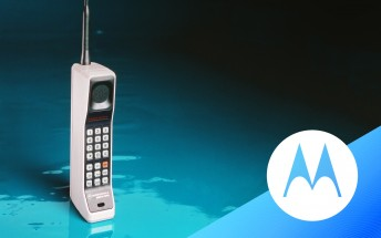 Counterclockwise: revisiting Motorola's iconic phones