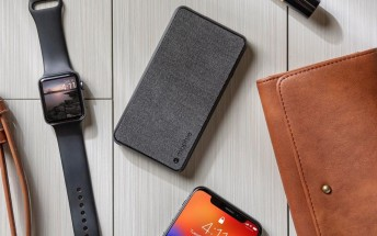 Mophie releases power banks with built-in Lightning cable
