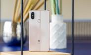 Xiaomi Mi 8 SE 128 GB version arrives