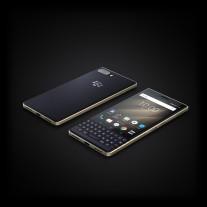 BlackBerry KEY2 LE in Champagne