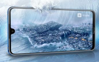Honor 8X Max key specs leak in promo images